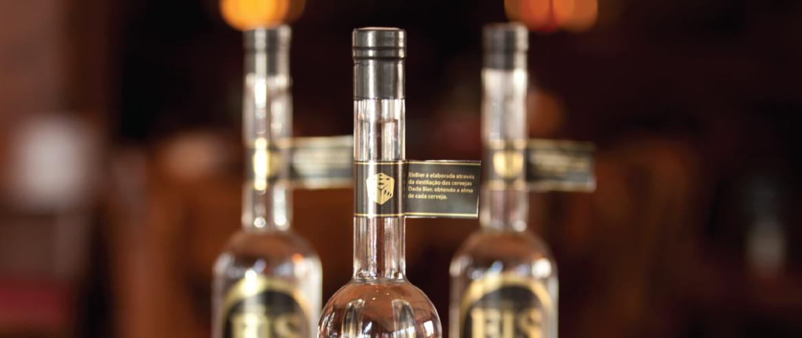 Design de embalagem para Destilado Eis - Acadêmico